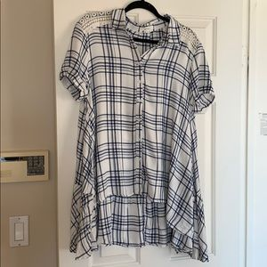 Blue and white plaid tunic top size L